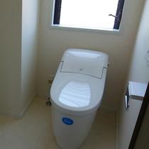 古くて狭く感じたトイレを広々とした機能的なトイレにリフォーム