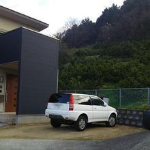 松山市:自宅横にカーポートを設置