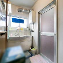 松山市:洗面所をすっきりとした空間にリフォーム